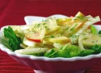 Салат з яблуком і селерою