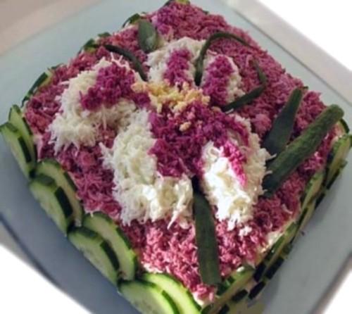 Салат з креветками і картоплею «Ірис»