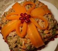 Салат з морквою, горіхами і куркою «Подарунок»