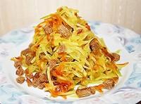 Салат з редькою, сухариками і овочевий засмажкою