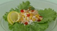 Салат з рисом, помідорами і рибою