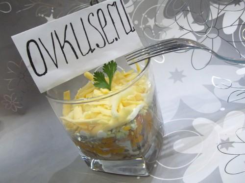 Салат з рибними консервами, рецепт приготування з фото
