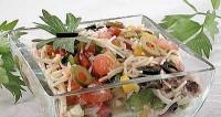Салат вермішелевий з тунцем