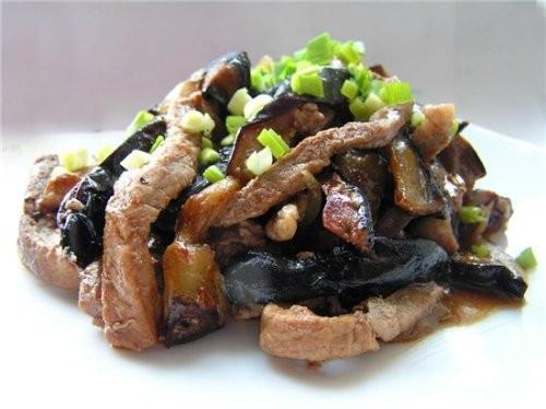 Салати з баклажанів з м'ясом - 5 рецептів