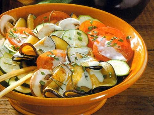 Салати з баклажанів з овочами - рецепти приготування