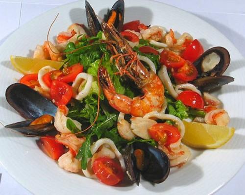 Салати з морепродуктів
