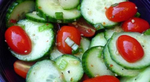 Салати з огірків і помідорів на зиму без стерилізації