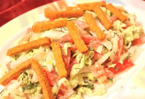 Салати з кириешки