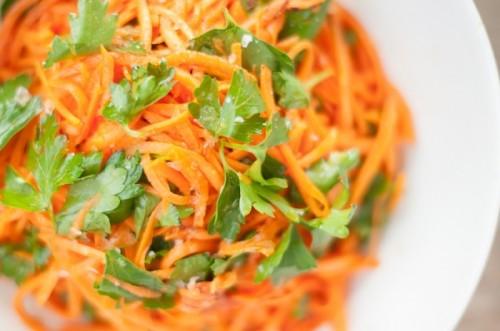 Салати з морквою по-корейськи: смачно, швидко, просто