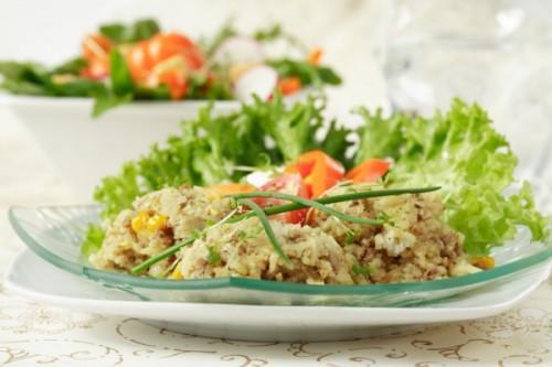 Салати з перловою крупою: 5 рецептів корисного перекусу