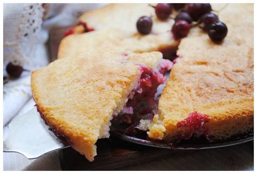 Шарлотка - літні варіанти начинки знаменитого пирога