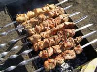 Шашлик зі свинини в коньячно-соєвому маринаді