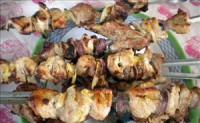 Шашлик зі свинини в вині «Весняний»