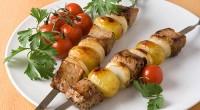 Шашлик зі свининою та картоплею
