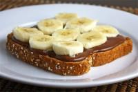 Шоколадно-банановий бутерброд