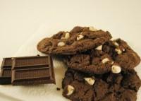 Шоколадне печиво з білим шоколадом