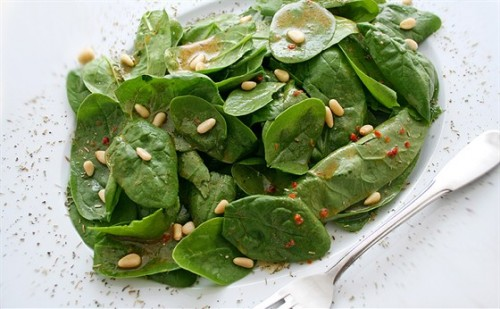 Шпинат - ще один корисний овоч