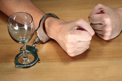 Штрафи за спиртне можуть збільшити