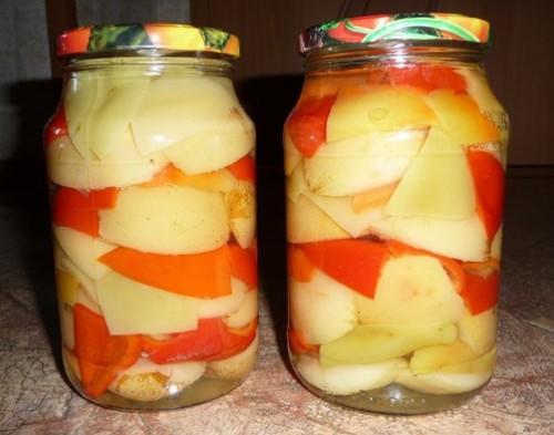 Солодкий перець з корицею та яблуками