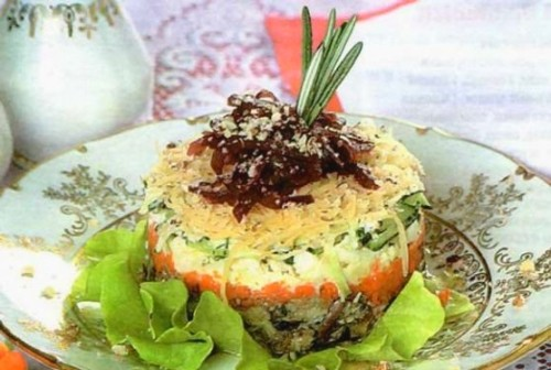 Новорічний салат листковий з маслинами і шпротами