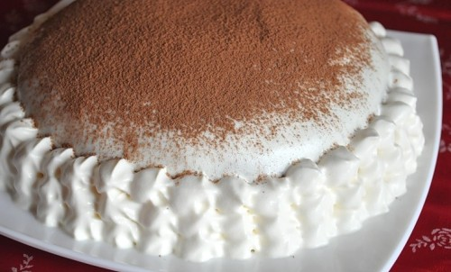 Сметанний торт: все геніальне просто