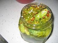 Солоні огірки з болгарським перцем