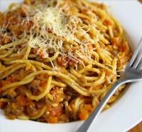Спагетті з тунцем