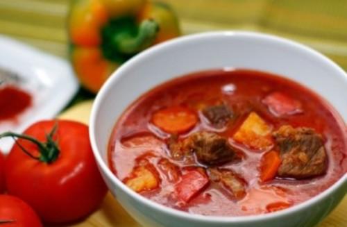 Суп-гуляш з яловичиною по-закарпатськи