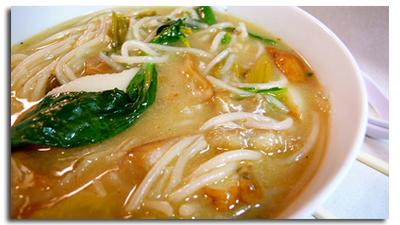 Суп з рибного асорті