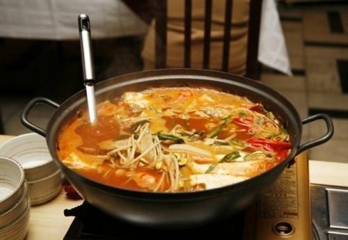 Суп-локшина: 5 незвичайних варіантів