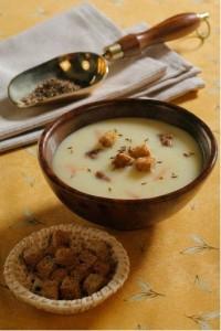 Суп-пюре з картоплі з кмином (яловичий бульйон)