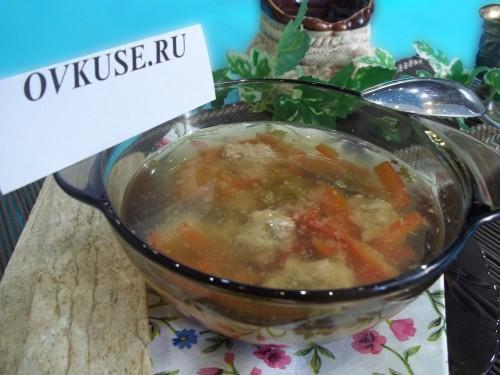 Суп з фрикадельками і болгарським перцем