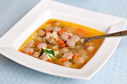 Суп з фрикадельками: варимо найапетитніший суп