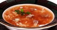 Суп з яловичиною і помідорами