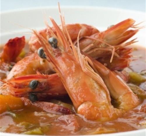 Суп з креветками, беконом і м'ясом краба «гамбіт»