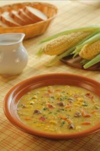 Суп з кукурудзою і беконом (яловичий бульйон)