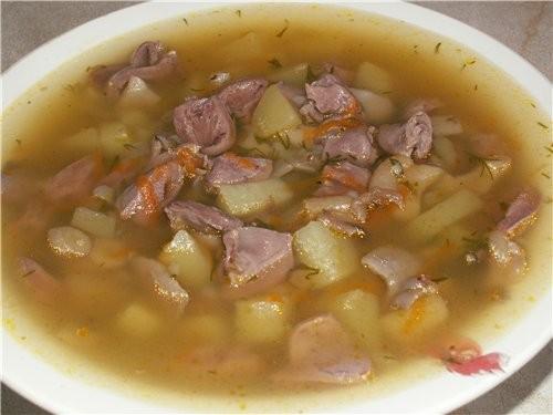 Суп з курячими сердечками в мультиварці