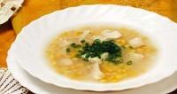 Суп з рибою і кукурудзою
