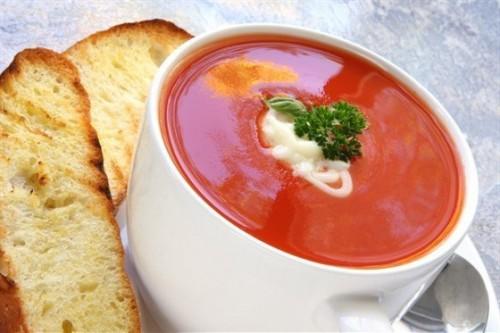 Супи-пюре з помідорів: 3 простих рецепта