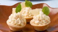 Сирно-ананасові тарталетки