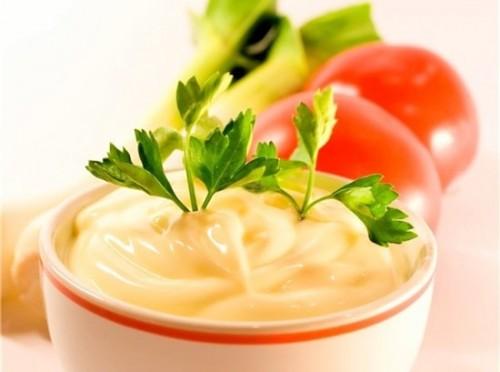 Сирний соус - смачний і дуже апетитний
