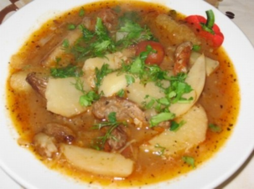 Татарський суп з яловичиною
