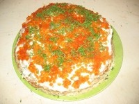 Торт з млинців з сьомгою