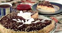 Торт з малиновим кремом