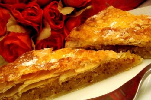 Торт з мигдальною начинкою «Пітів'єрі»
