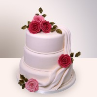 Торт з трояндами
