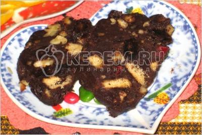 Торт шоколадна ковбаска
