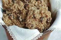 Традиційне фінське вівсяне печиво з родзинками