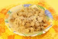 Тушковане м'ясо з ананасами