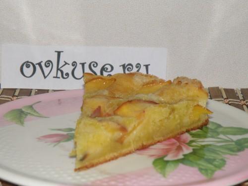Сирний пиріг з нектарином